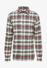 Knowledge Cotton Apparel - CHECKED - Košile - green forest - 3