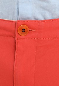Knowledge Cotton Apparel - PISTOL JOE - Chinos - spiced coral - 4
