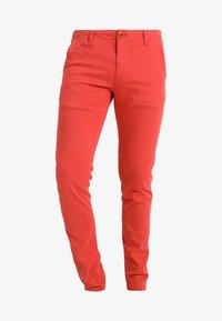 Knowledge Cotton Apparel - PISTOL JOE - Chino kalhoty - spiced coral - 5