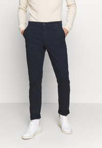 Knowledge Cotton Apparel - CHUCK LOOSE CHINO - Chinot - total eclipse - 0