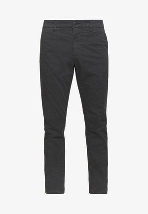 CHUCK LOOSE CHINO - Pantalones chinos - phantom