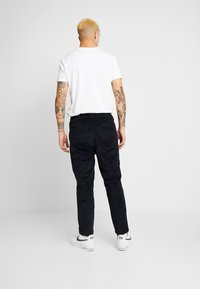 Knowledge Cotton Apparel - BOB PANT - Trousers - total eclipse - 2