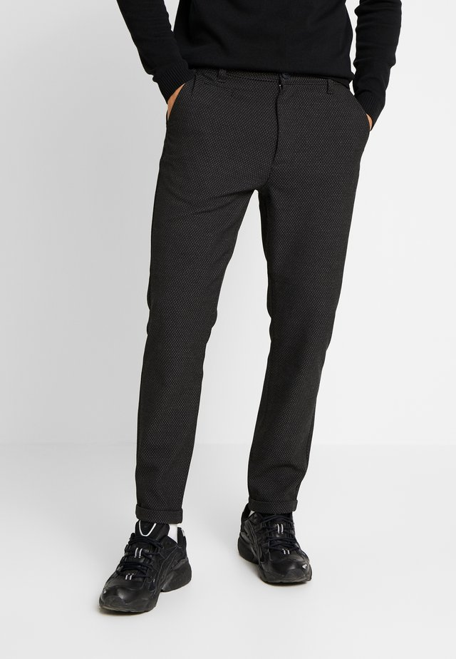 JOE GARMENT DYED STRETCHED PANT - Tygbyxor - total eclipse