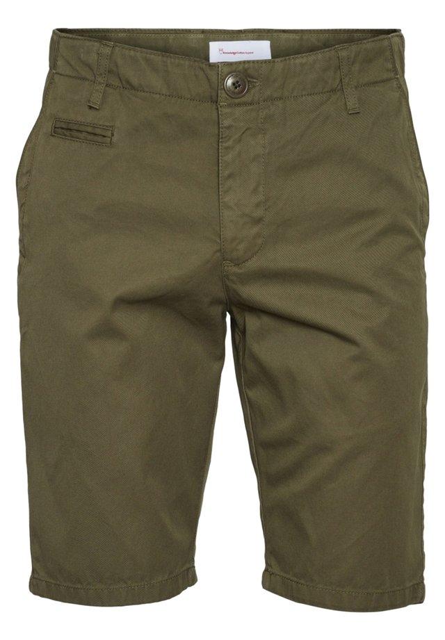 CHUCK - Shorts - burned olive