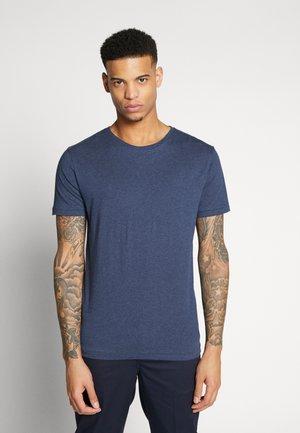 BASIC REGULAR FIT O-NECK TEE - Jednoduché triko - insigna blue melange