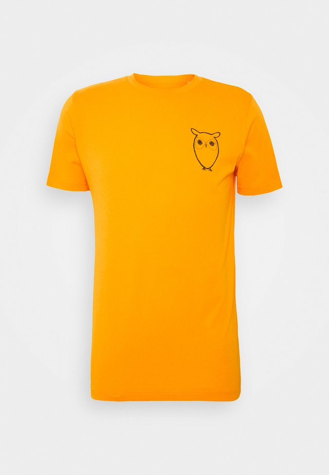 WITH OWL CHEST LOGO  - T-shirts print - yellow