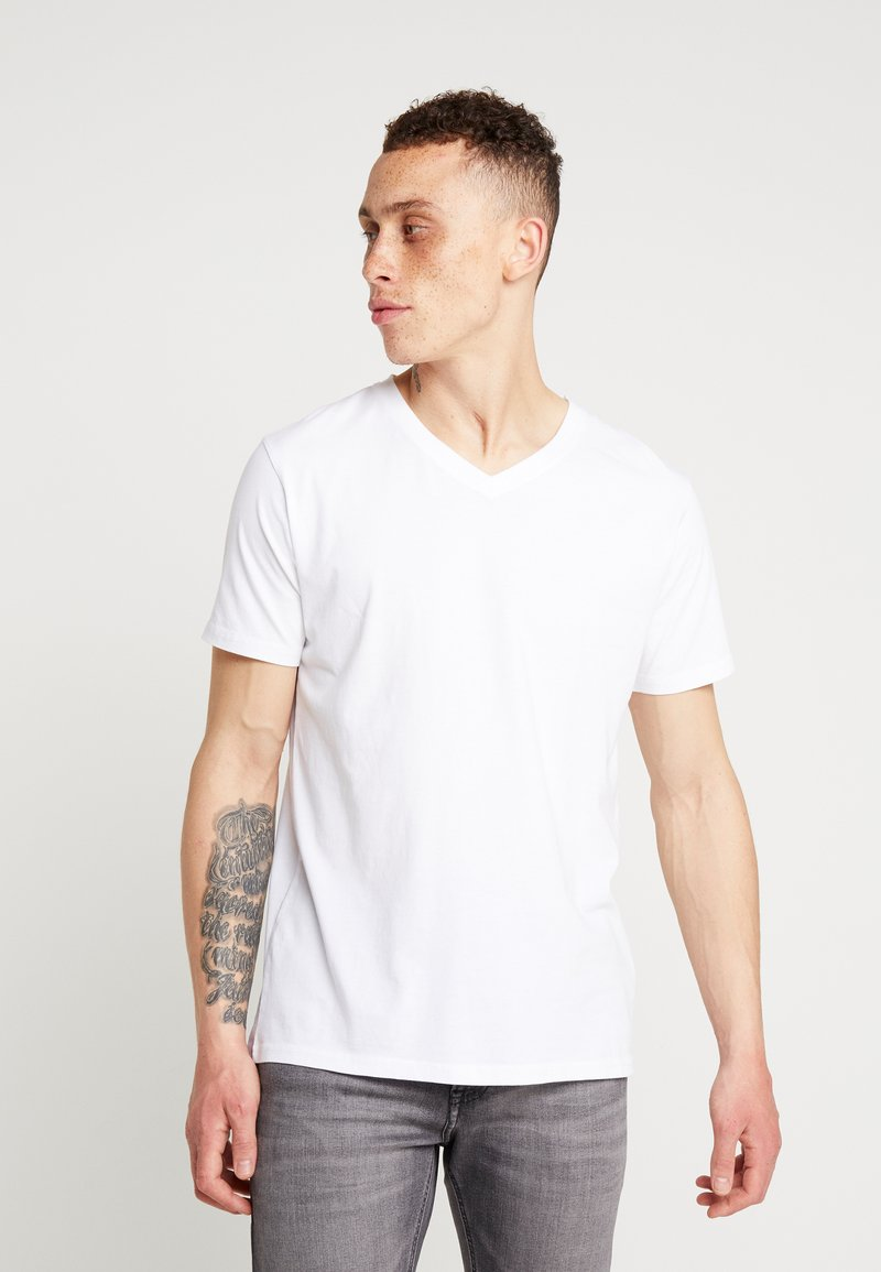 Knowledge Cotton Apparel - BASIC REGULAR FIT V-NECK TEE - T-shirts basic - bright white