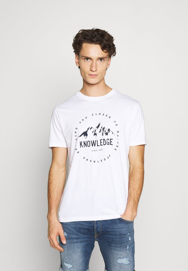 ALDER MOUNTAIN TEE - Print T-shirt - white