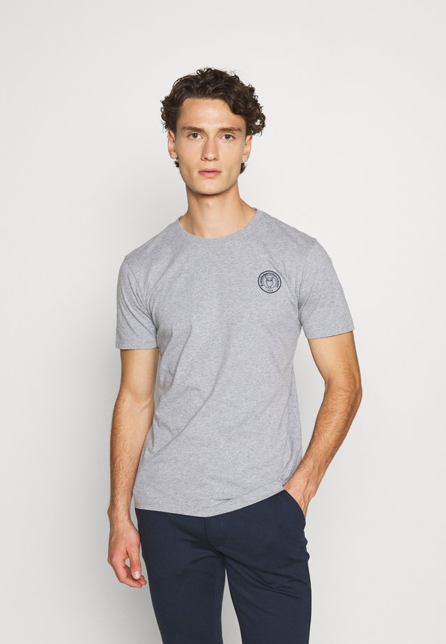 ALDER OWL BADGE TEE - T-shirt imprimé - mottled grey