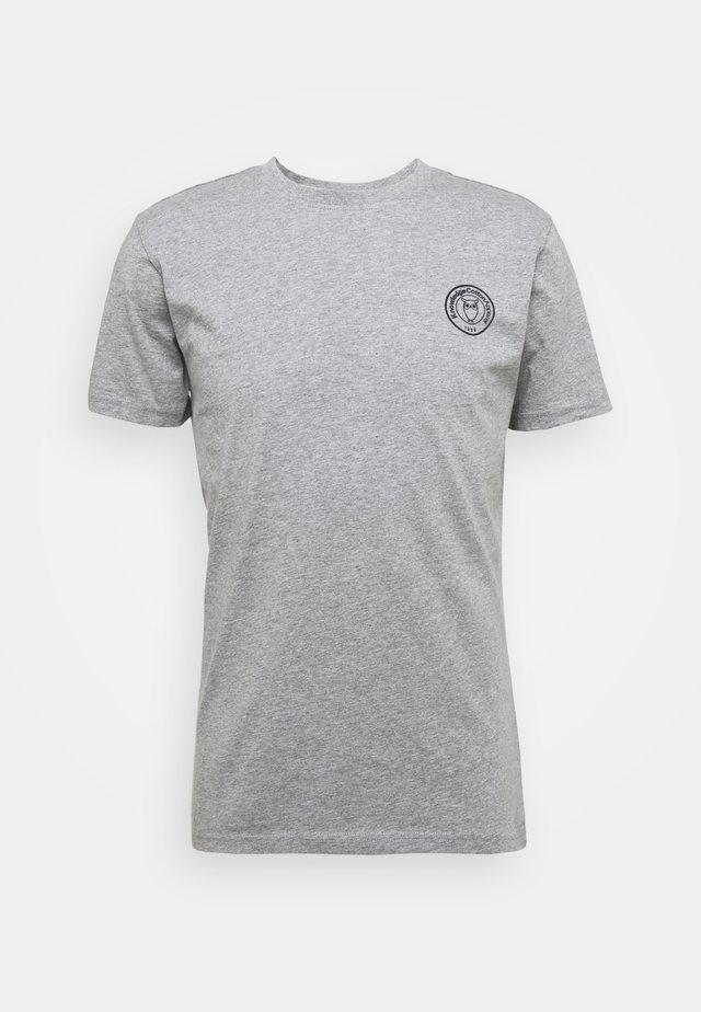ALDER OWL BADGE TEE - T-shirt print - mottled grey
