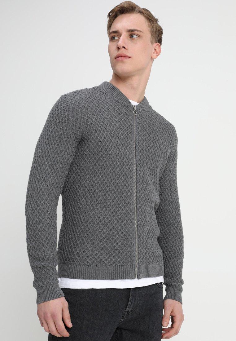 Knowledge Cotton Apparel - SMALL DIAMOND CARDIGAN - Strickjacke - dark grey melange
