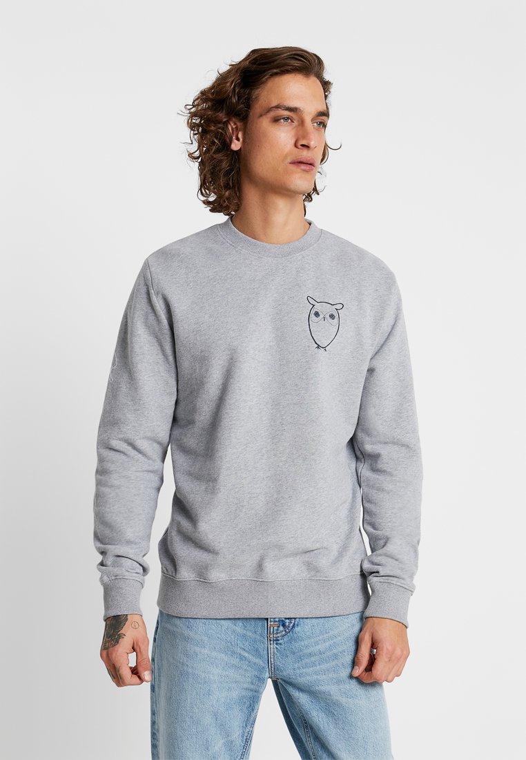 Knowledge Cotton Apparel - WITH OWL CHEST LOGO - Sweatshirt - grey melange