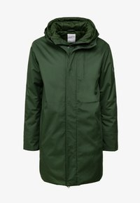 Knowledge Cotton Apparel - LONG SOFT SHELL JACKET  - Talvitakki - green forest - 4