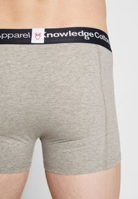 Knowledge Cotton Apparel - MAPLE 3 PACK - Shorty - black/white/grey heather - 4