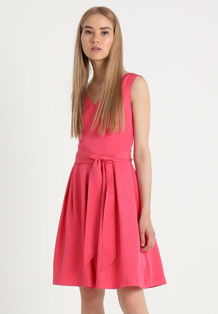 Kookai - ROBE NŒUD SOPHIE - Day dress - framboise