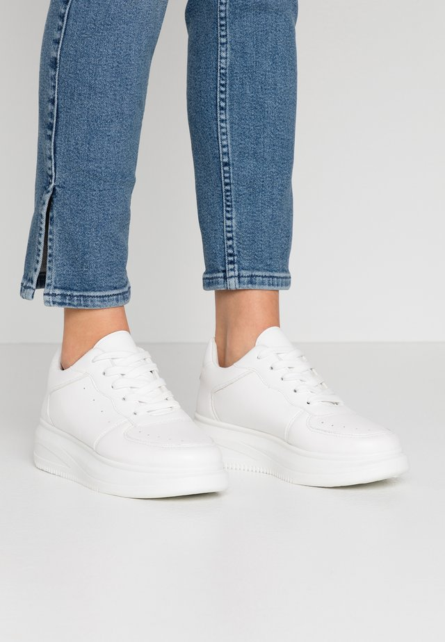 VEGAN - Trainers - white