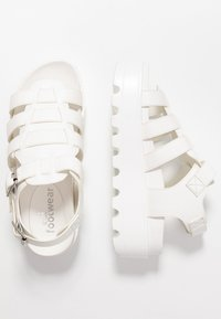 Koi Footwear - VEGAN - Platform sandals - white - 3