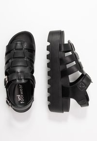 Koi Footwear - VEGAN - Platform sandals - black - 3