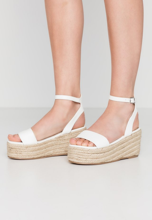 VEGAN  - Loafers - white