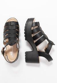 Koi Footwear - VEGAN - Sandály na platformě - black - 3