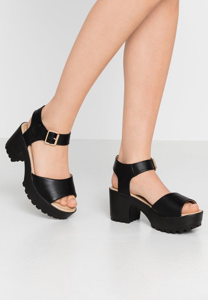 Koi Footwear - VEGAN - Sandály na platformě - black