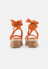Koi Footwear - VEGAN FAN - Platform sandals - orange - 3