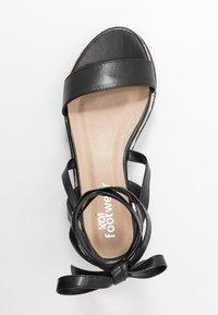Koi Footwear - VEGAN FAN - Platform sandals - black - 3