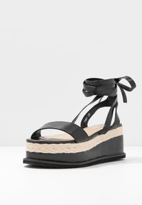 Koi Footwear - VEGAN FAN - Platform sandals - black - 4
