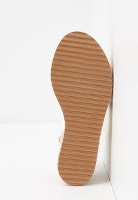 Koi Footwear - VEGAN  - Platform sandals - white - 6