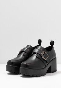 Koi Footwear - VEGAN - Lodičky splatformou - black - 4