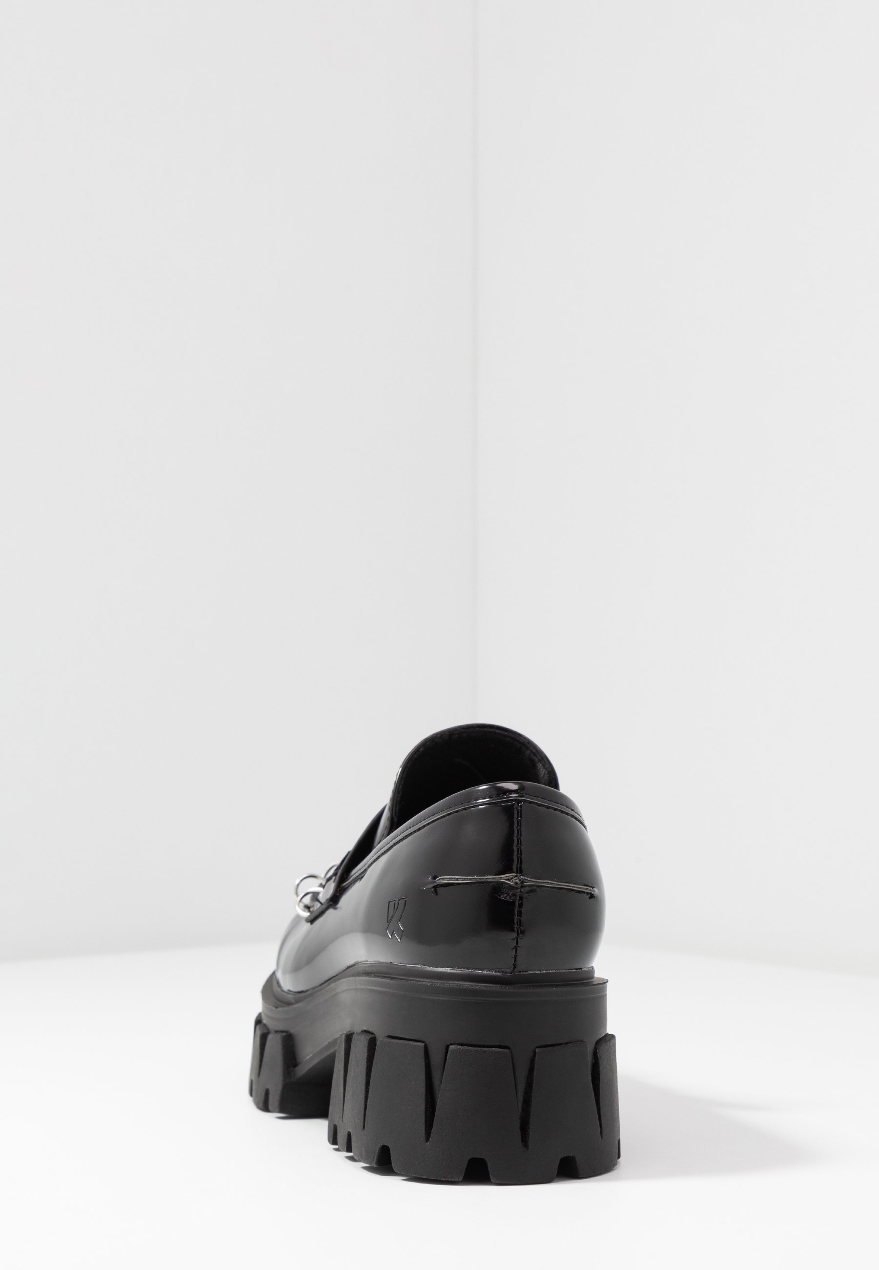 Koi Footwear VEGAN GENSAI ASHEN PIERCED LOAFERS - Czółenka na platformie - black