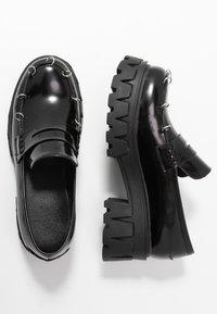 Koi Footwear - VEGAN GENSAI ASHEN PIERCED LOAFERS  - Lodičky splatformou - black - 3