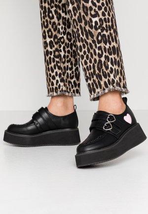 VEGAN - Nazouvací boty - black