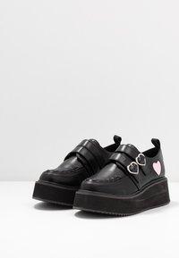 Koi Footwear - VEGAN - Loaferit/pistokkaat - black - 4