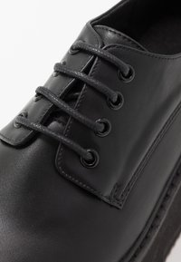 Koi Footwear - VEGAN  - Lace-ups - black - 2