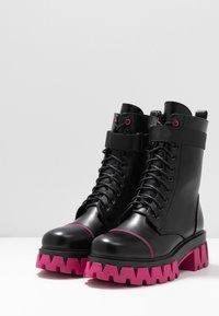 Koi Footwear - VEGAN BANSHEE - Kotníkové boty na platformě - black/purple - 4