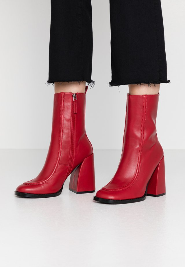 VEGAN  - High heeled ankle boots - red