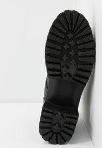 Koi Footwear - VEGAN DL3 - Kotníkové boty na platformě - black - 6