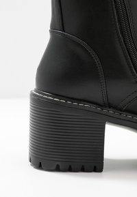 Koi Footwear - VEGAN DL3 - Kotníkové boty na platformě - black - 2
