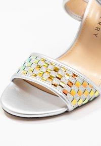 Katy Perry - THE SHANA - High Heel Sandalette - silver - 2