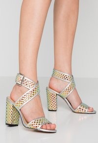 Katy Perry - THE SHANA - High Heel Sandalette - silver - 0