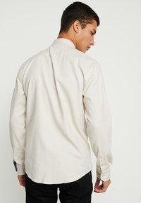 Kronstadt - DEAN DIEGO - Skjorte - off white - 2