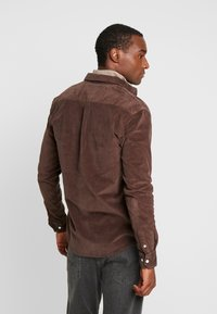 Kronstadt - JOHAN - Chemise - chocolate brown - 2