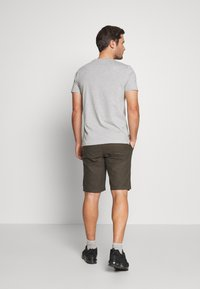 Kronstadt - HECTOR OXFORD WASHED - Shorts - army - 2