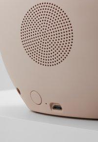 Kreafunk - AOWL SPEAKER - Speaker - dusty pink - 6