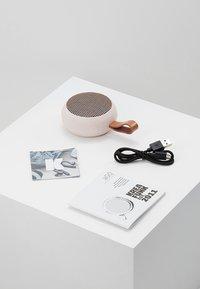 Kreafunk - AGO - Speaker - dusty pink/rose gold - 3