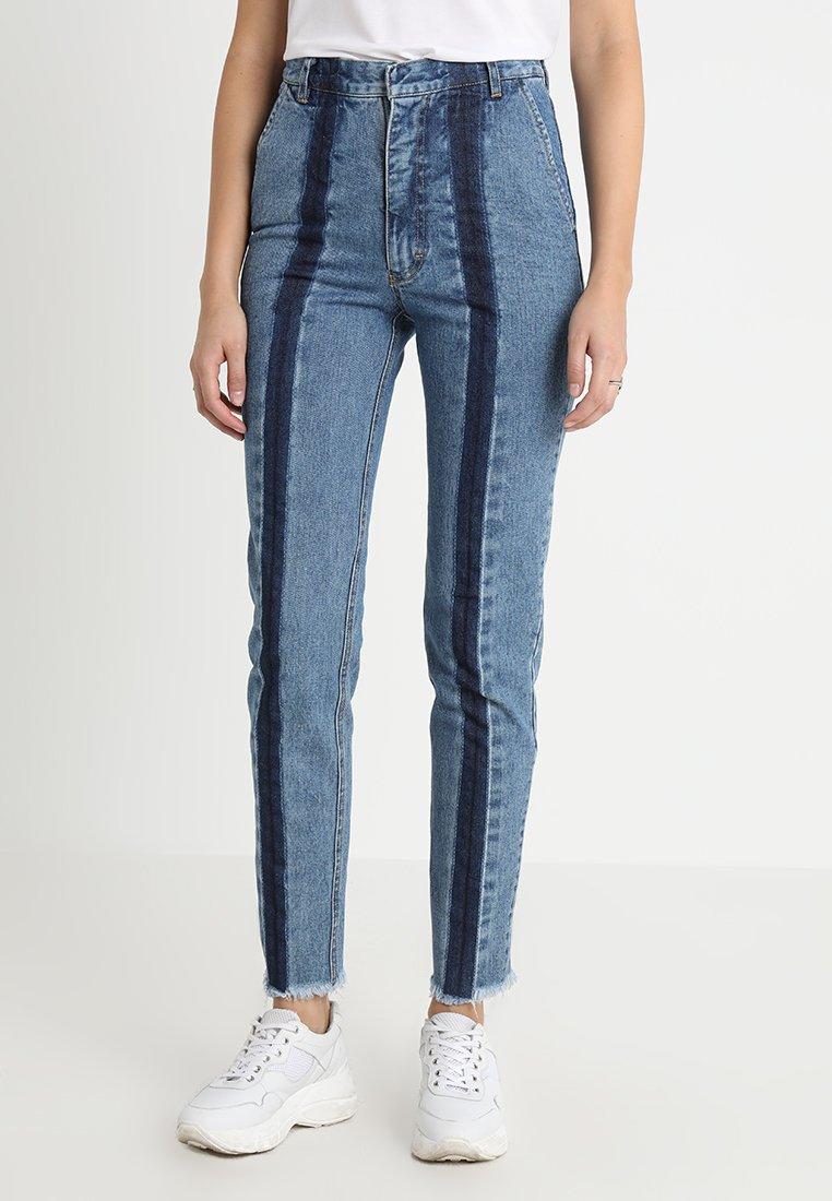 Ksenia Schnaider - SLIM JEANS WITH FRONT STRIPES - Slim fit jeans - medium blue
