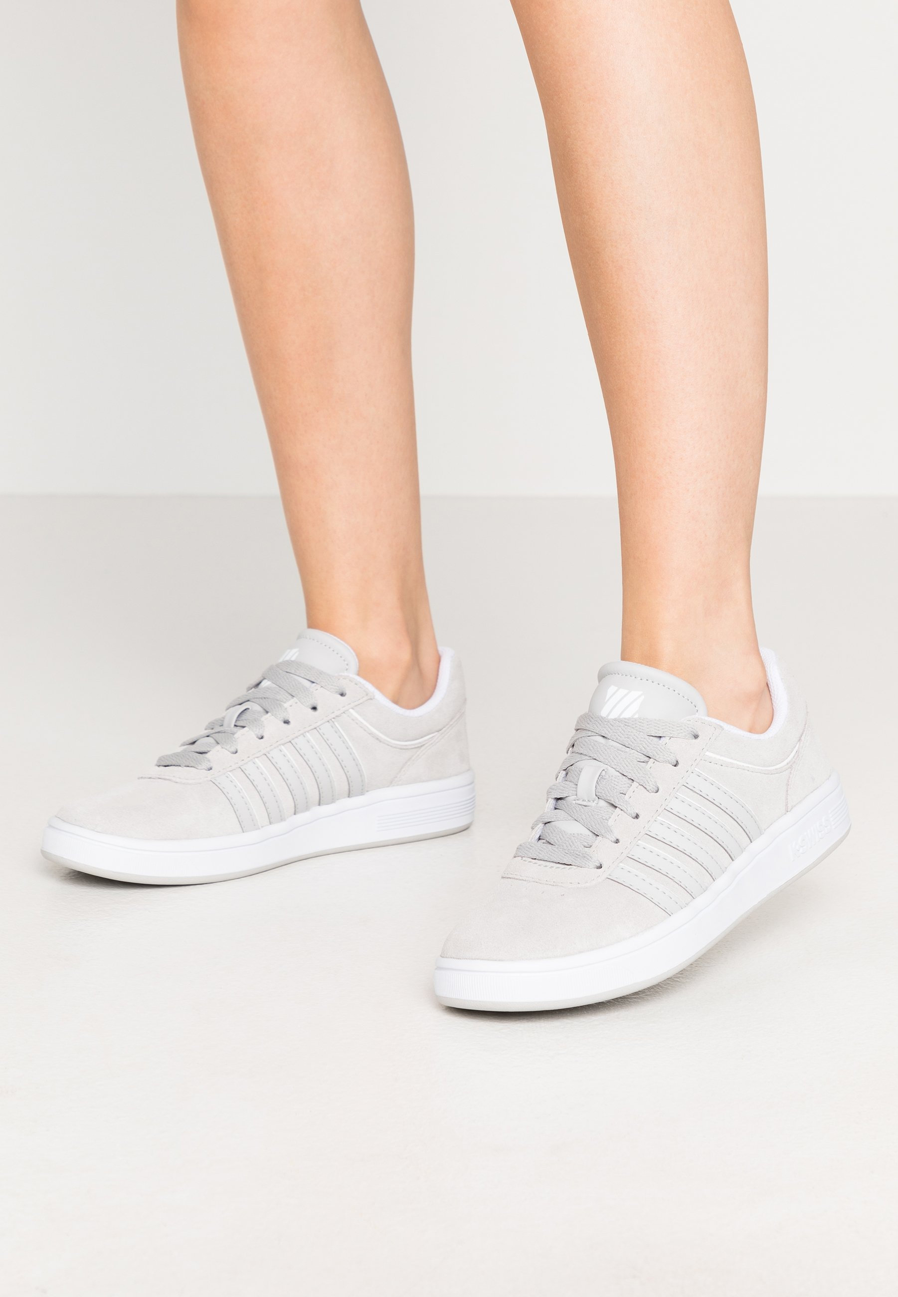 K Swiss Kswiss Court Frasco Sneakers In White And Pearl Pink