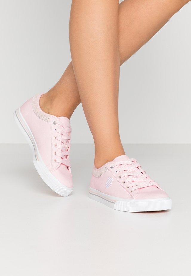BCV CVS - Sneakers laag - pearl/gull gray