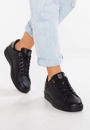 CLEAN COURT CMF - Sneakers - black